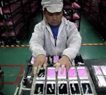 فيديو: داخل مصانع أجهزة أبل