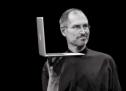 ذكرى وفاة ستيف جوبز في موقع أبل