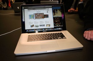 macbook-pro-unibody-17-1