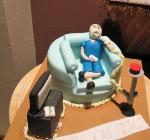 mac-tv-cake-1