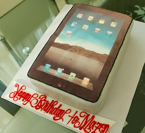 Mazen_Al-Angary_iPad_Cake1.jpg
