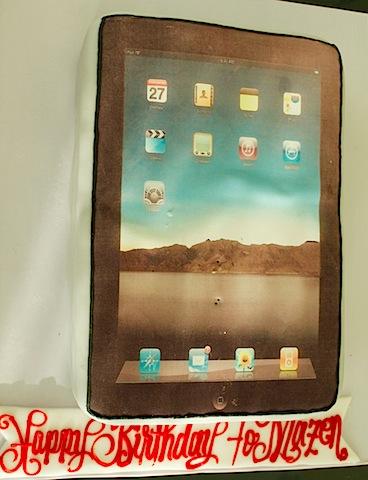 Mazen_Al-Angary_iPad_Cake2.jpg